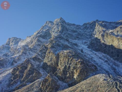 Čerstvý poprašek - Hampta Pass Trek