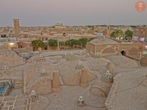 005 Články- Írán pestrobarevný Orient (vyšňořené město)