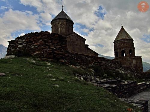 Kostel Nejsvětější Trojice v Gergeti - Kazbegi