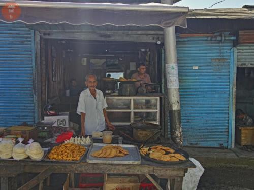 Pouliční prodavači - Chamba